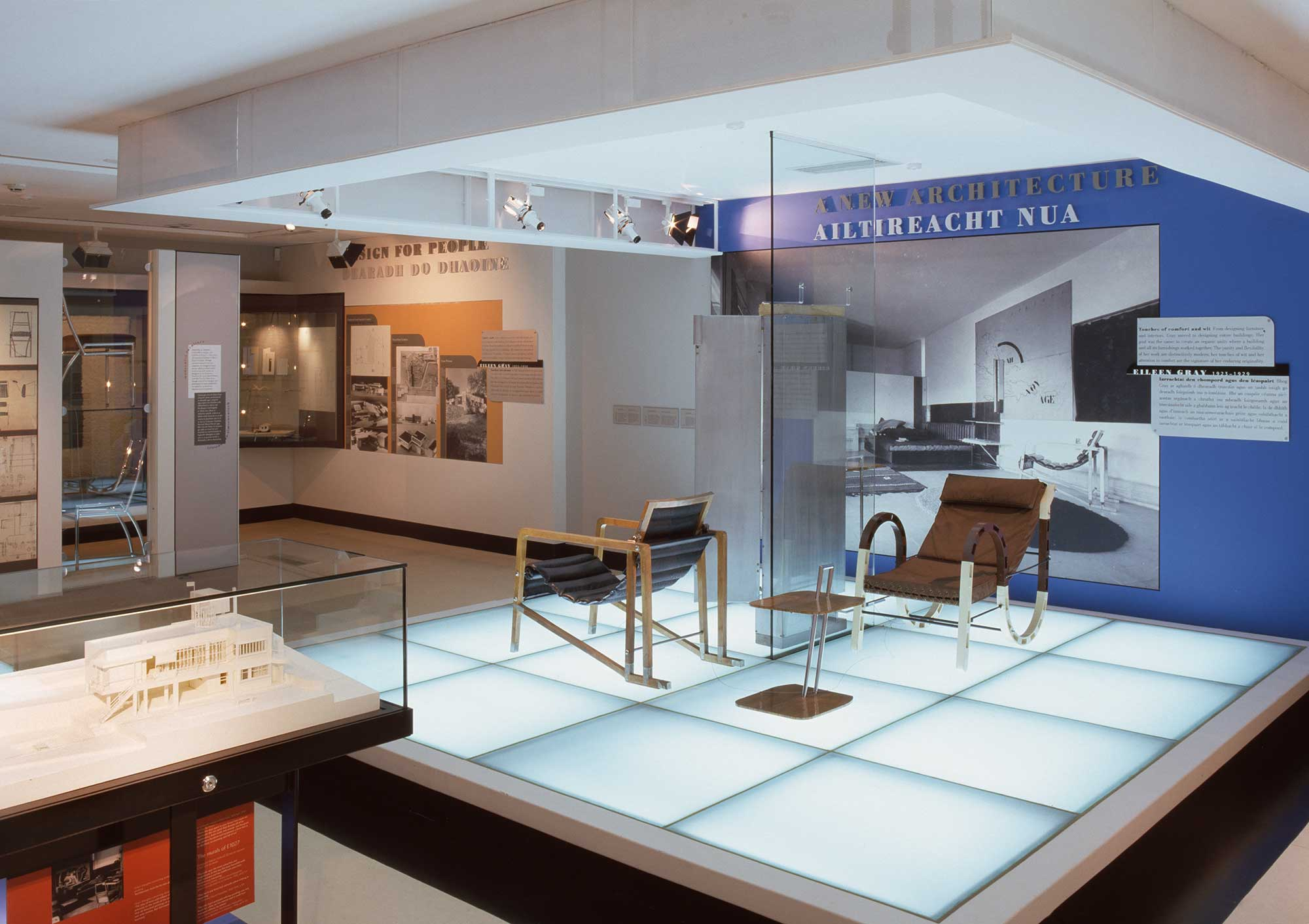 museum of ireland eileen gray exhibition lighting design visual energy. Black Bedroom Furniture Sets. Home Design Ideas